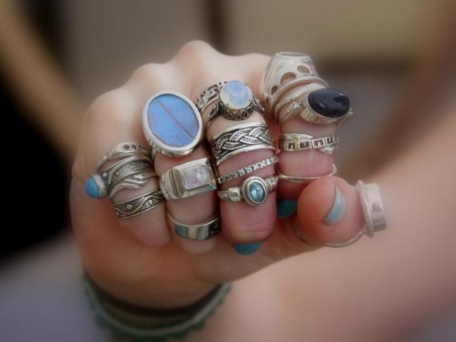 Можно ли носить вдове обручальное кольцо