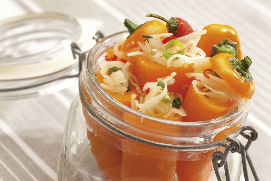 Салат с капустой и перцем-маринад