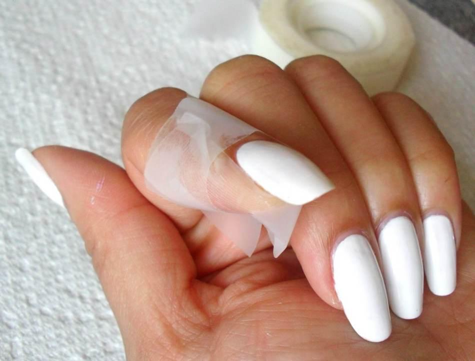 Как накрасить ногти не испачкав кутикулу