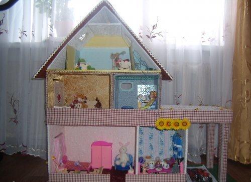 Кукольный дом из коробки своими руками