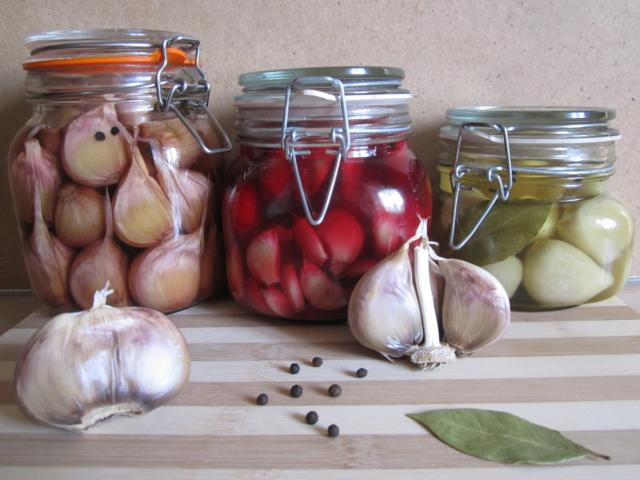 маринованной чеснок со свеклой простой рецепт