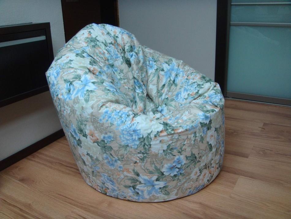 Пуфик-мешок с цветочками