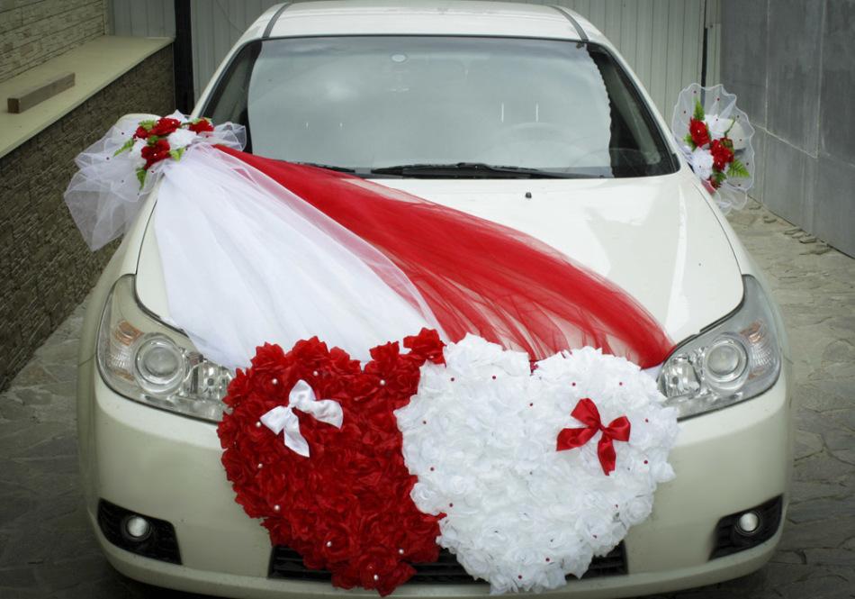 Как украсить капот свадебной машины самостоятельно?