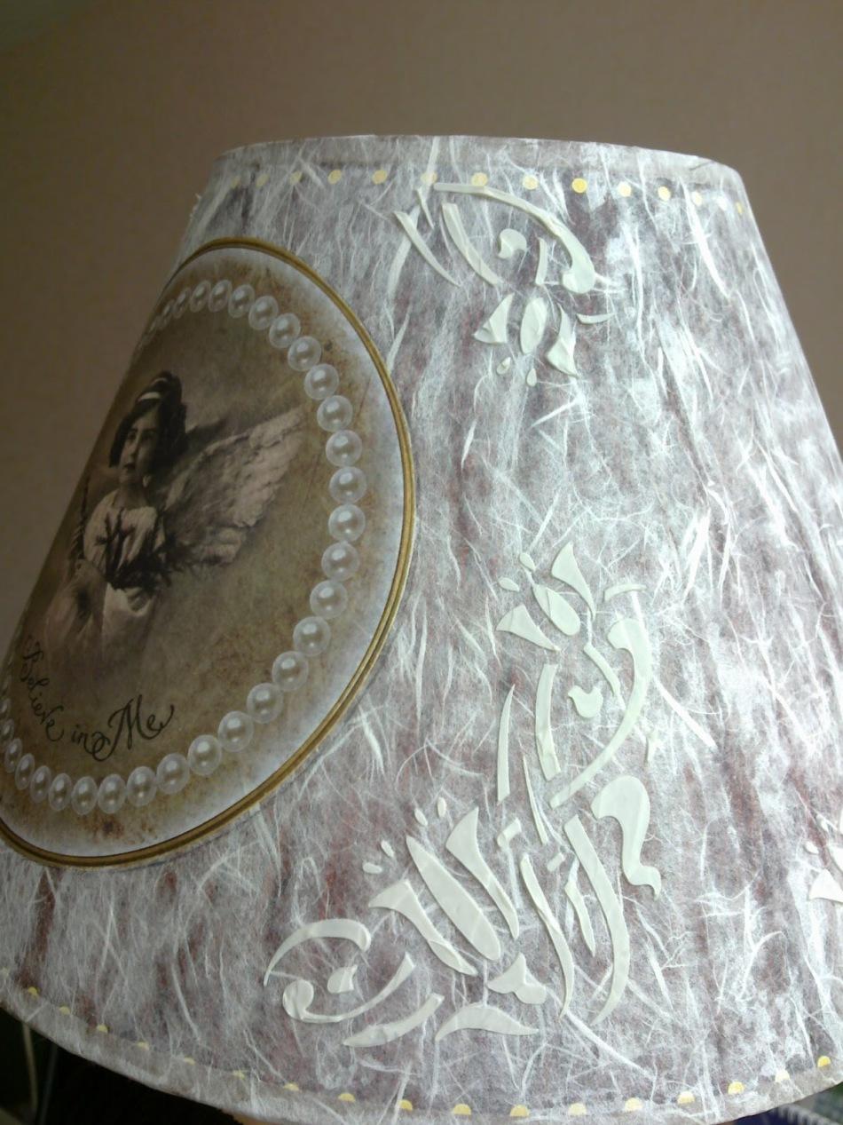 Декупаж торшера рисовой бумагой и картинкой в викторианском стиле