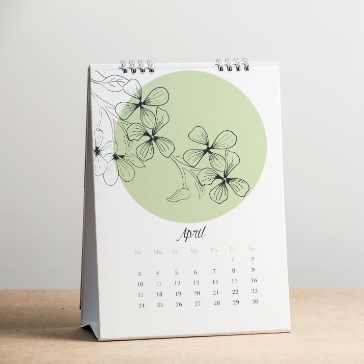 Минималистичный настольный календарь