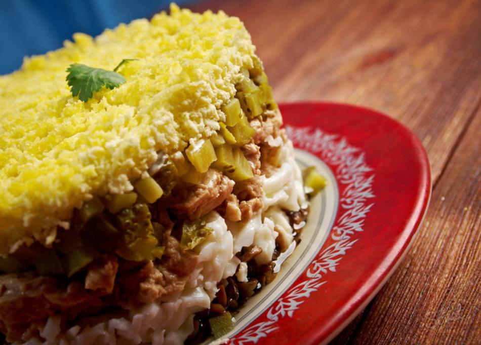 Салат с печенью трески классический рецепт с фото пошаговый рецепт с фото