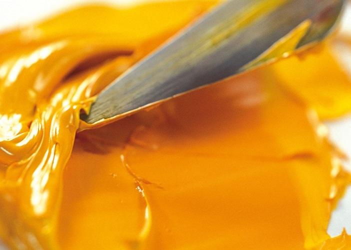 В основе золота лежит желтый колер