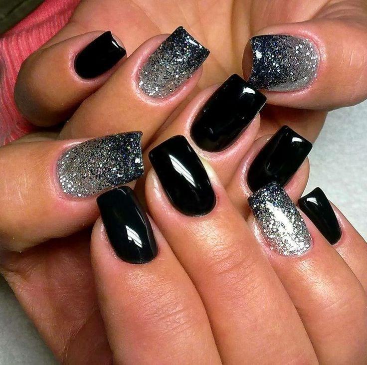 Маникюр чёрный с серебром