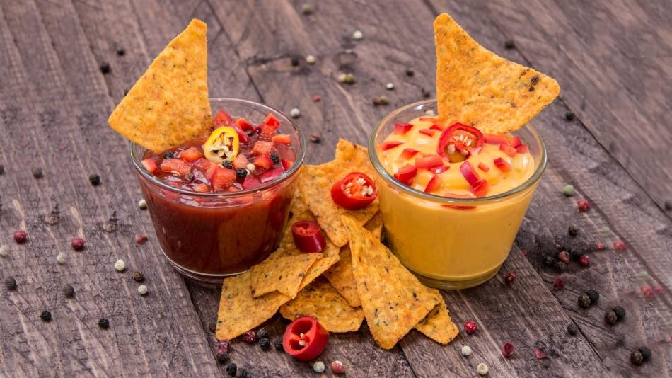 Сальса и сырный соус