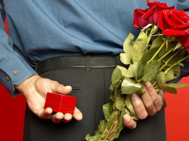 4 причины, почему мужчина не дарит подарки - Rakov 28