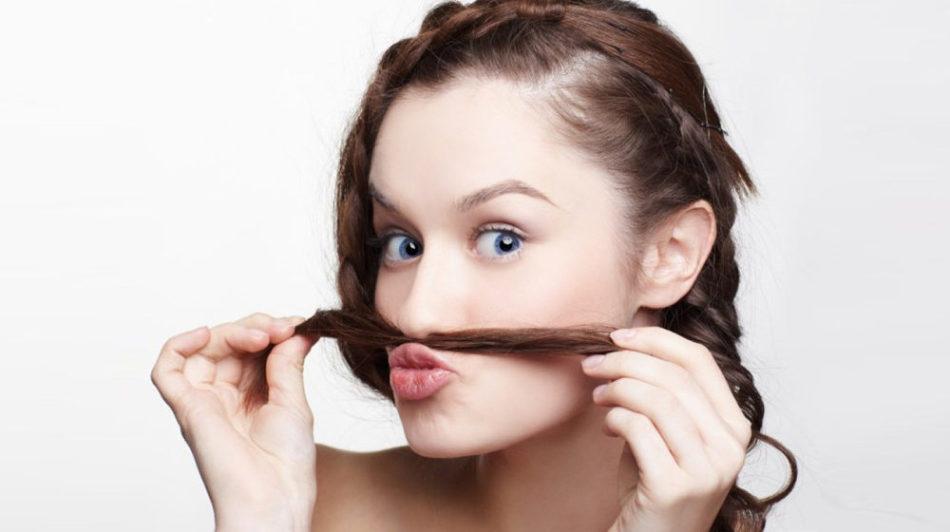 Как девушке убрать волосы в носу в домашних условиях
