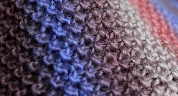 Связать красивый шарф спицами схемы