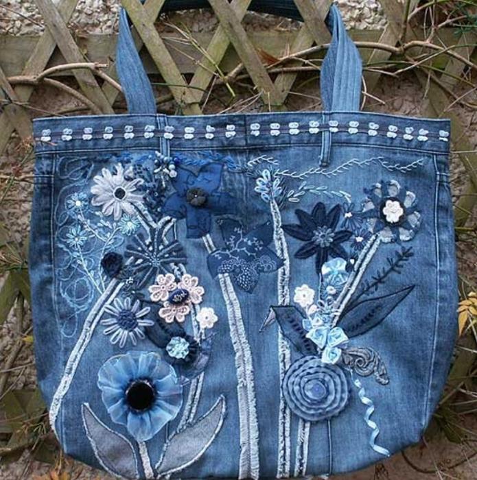 Украшаем джинсовые сумки своими руками 327