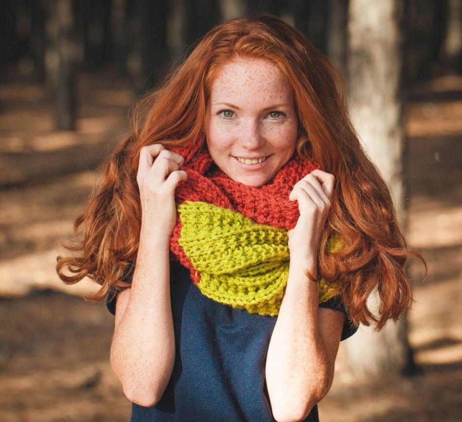 женский объемный свитер крупной вязки спицами схема