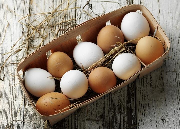 Храните яйца в отдельном контейнере