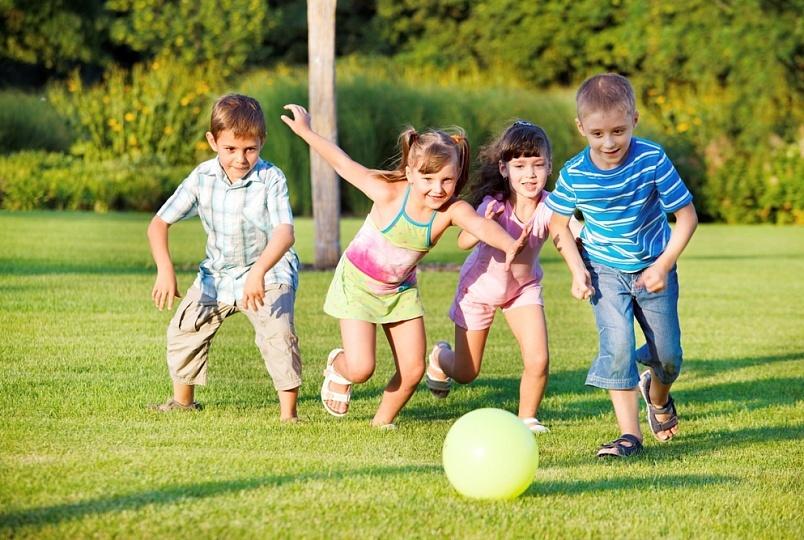 картинка подвижные игры в детском саду