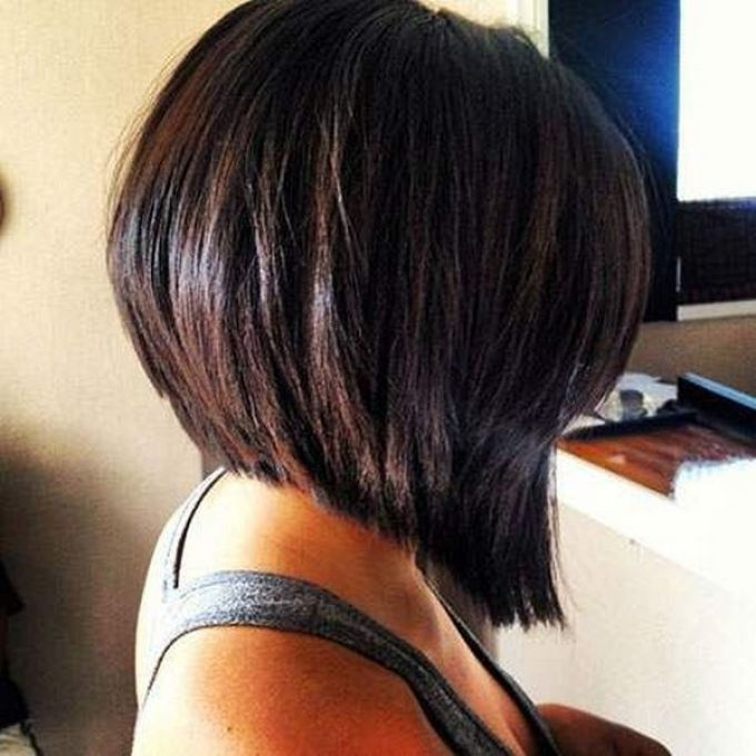 каре на густых волосах фото