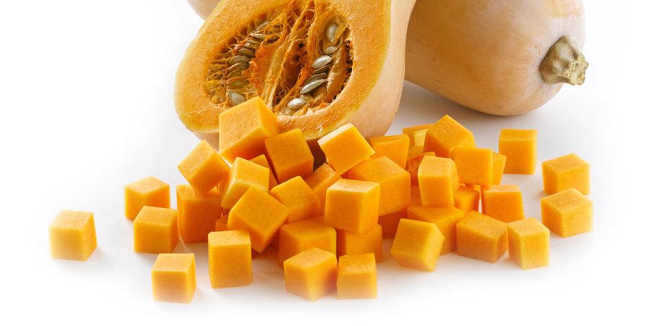 Тыква кубиками - основной ингредиент для компота