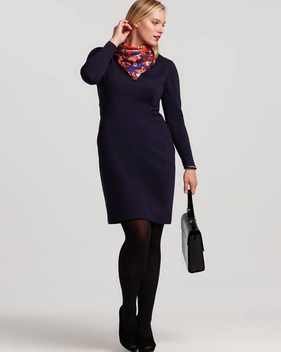 Как завязать шейный платок с платьем