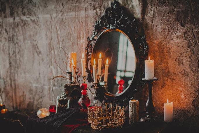 Никогда не дарите на свадьбу старые, антикварные зеркала