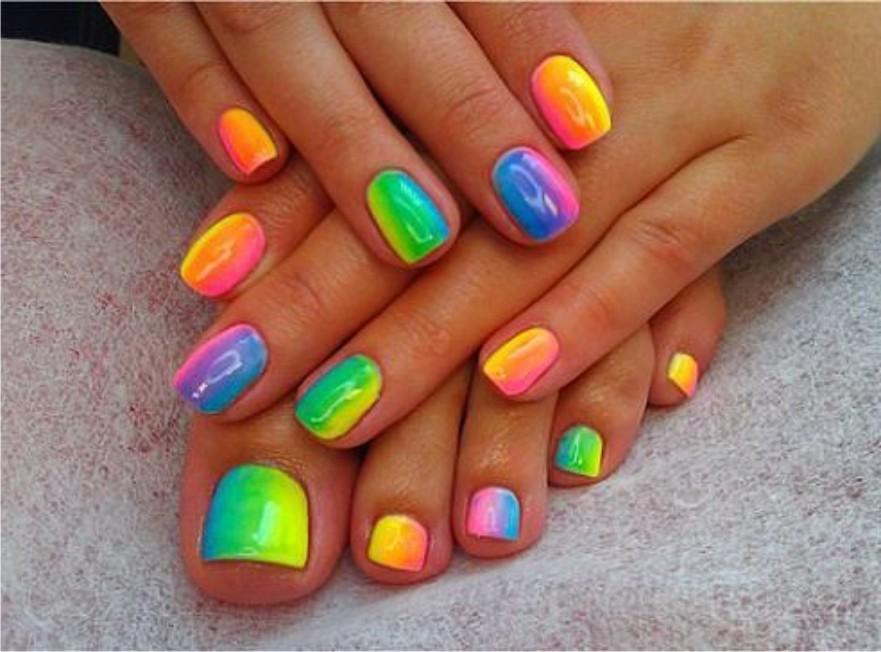 Фото дизайн ногтей радуга