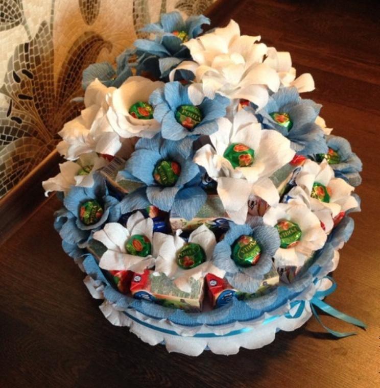 Торт-букет из конфет - интересная комбинация идей