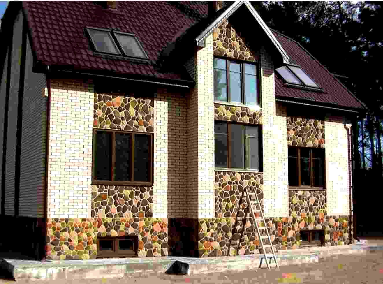 Пример №3 отделки фасада декоративным камнем из гипса