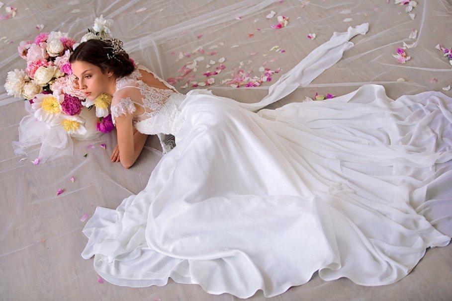 Лунный календарь свадеб на апрель 2018 года: благоприятные дни