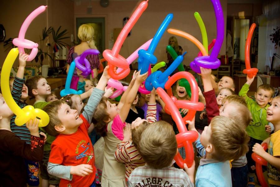 Лучшие игры и конкурсы для детского праздника, Дня рождения: описание для проведения. Как весело провести детский праздник, День рождения без аниматора, в домашних условиях: детские развлечения, игры и конкурсы для детей, подростков