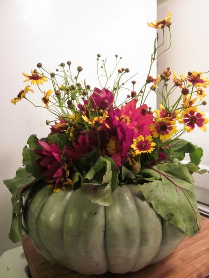 015b97b746c5d7e3409a1f7026b77e13 Цветы и розы из кленовых листьев своими руками пошагово. Осенние поделки из кленовых листьев – букеты с розами и цветами: мастер класс