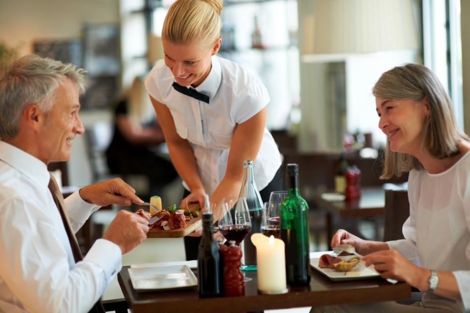 Общение с мужчиной в ресторане