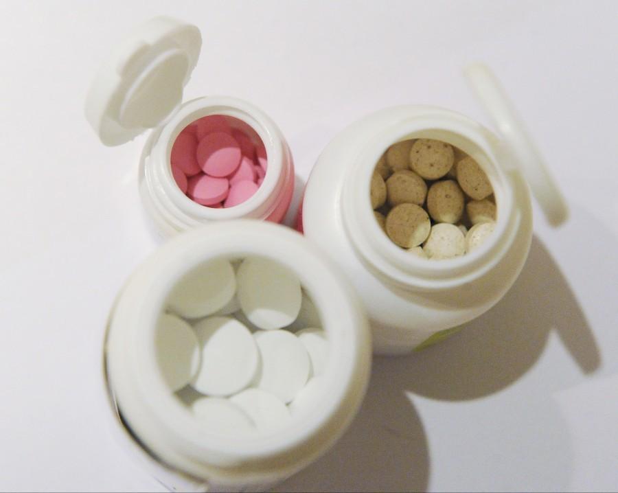 Для прерывания беременности на ранних стадиях используются такие препараты: