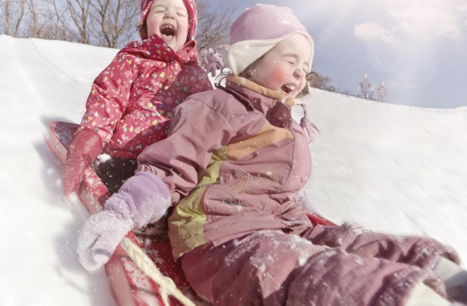 Дети в мороз должны больше двигаться.