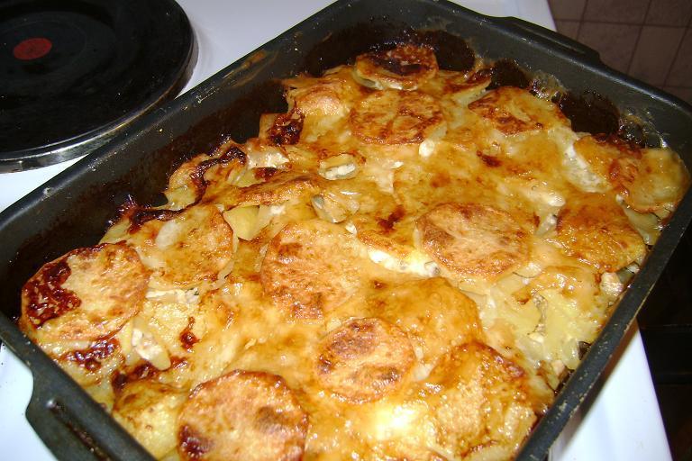 Горбуша с картофелем