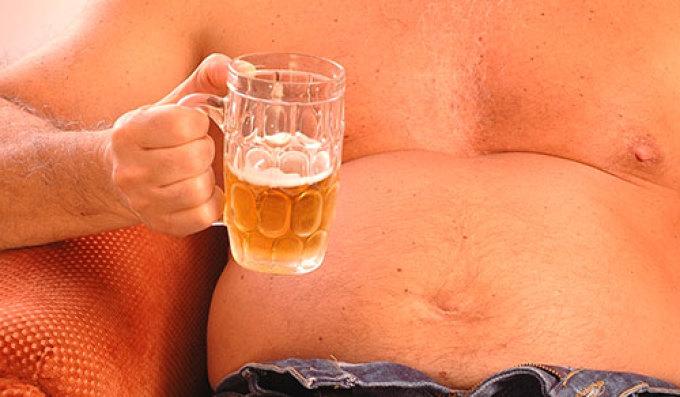 От безалкогольного пива, как и от простого, растет живот.