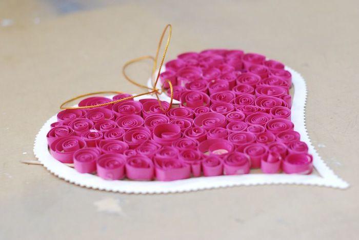 0a4f4a381c42e587640e68387a1aa237 Поделка — валентинка своими руками из бумаги, ткани: шаблоны, выкроки. Как сделать красивую валентинку своими руками маме, парню, в школу?