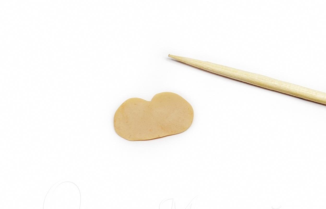 blin-iz-bezhevoi-polimernoi-glini Изделия, поделки из полимерной глины: мастер класс для начинающих своими руками