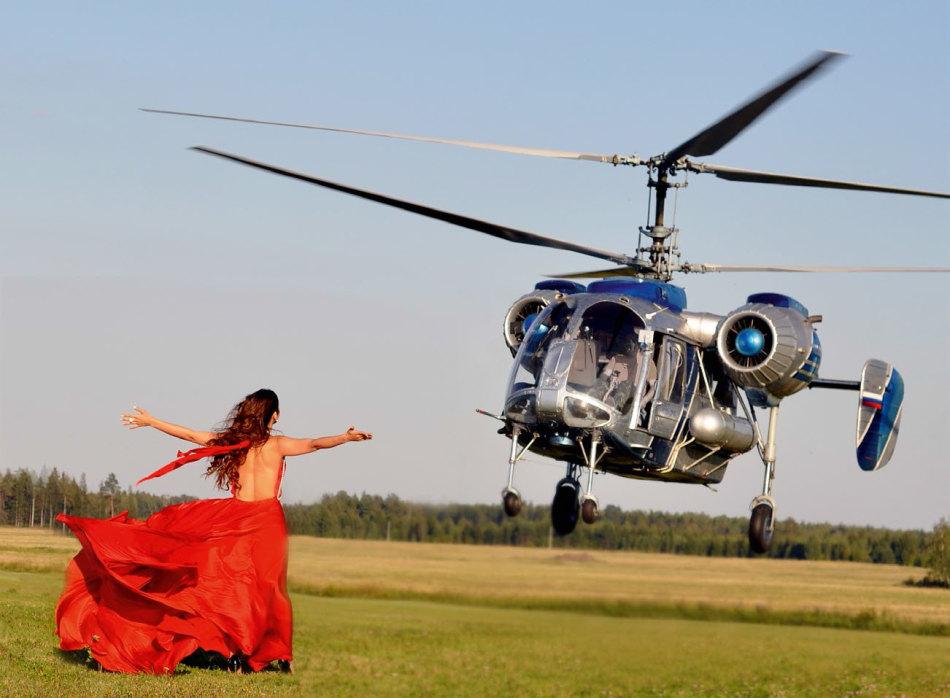 Полет на вертолете - идеальный подарок для смелых девушек