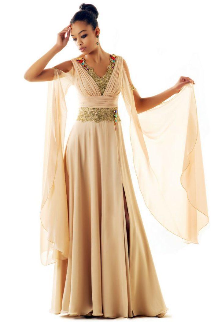 c91754096f8 Платье на выпускной-2019 в греческом стиле в бежевых тонах