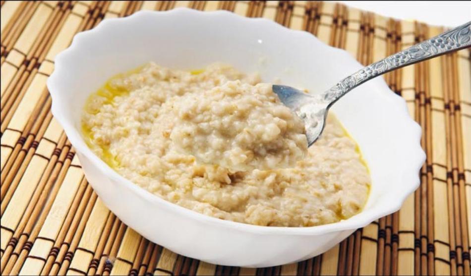 Кормящим мамам можно кушать любые каши, сваренные на воде или молоке