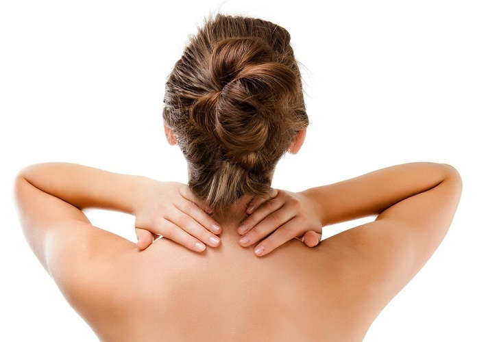 Самомассаж шеи включает три основные этапы