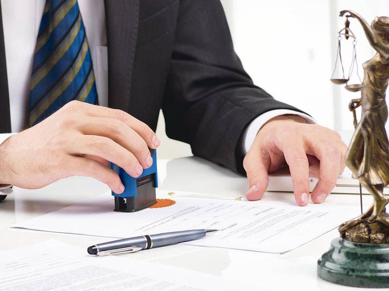 Для индивидуального предпринимателя доступны два вида декрета