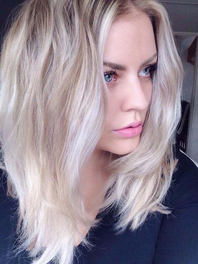 Отличное решение - платиновый блонд