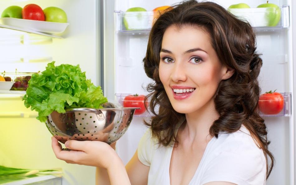 Салат айс полезен для организма