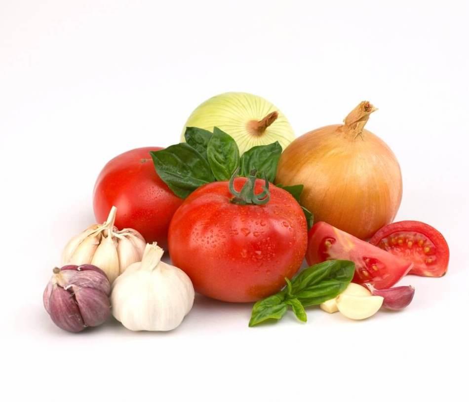 Вариант овощного набора для приготовления приправы на зиму