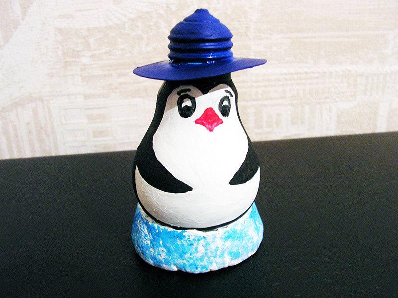takim-mozhet-poluchitsya-pingvin-iz-lampochki Вы и представить не могли, что такое можно сделать из перегоревшей