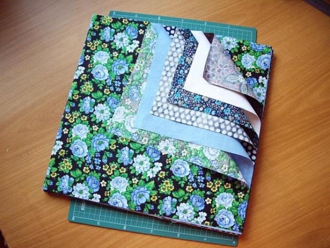 19c1809700e395f5ea7cf803573bc021 Лоскутное шитье: как сшить лоскутное одеяло своими руками? Техники и схемы красивого и легкого шитья лоскутного одеяла