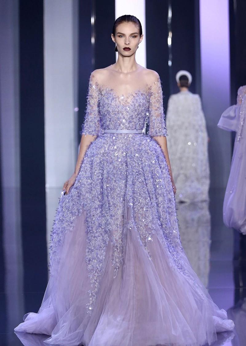 Нежное свадебное платье сиреневого цвета