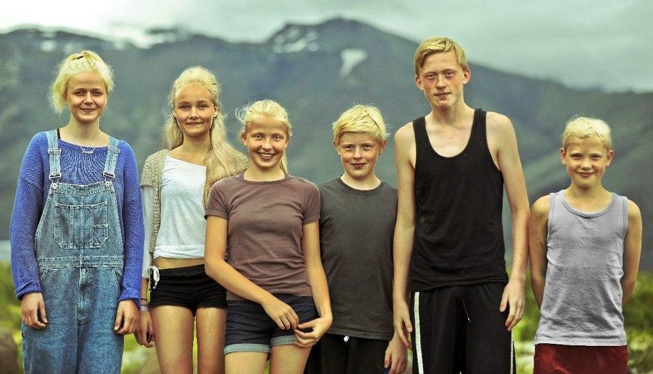 Из-за отсутствия фамилий члены одной семьи в исландии имеют совершенно разные имена