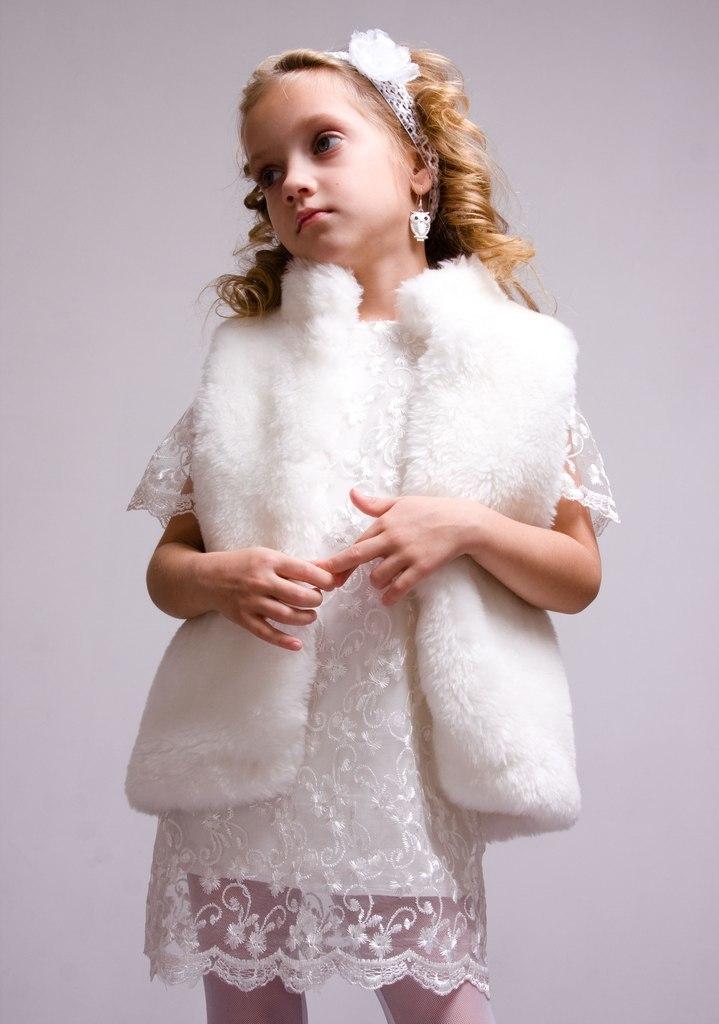 kak-sshit-zhilet-svoimi-rukami-iz-staroi-shubi-modeli-detskie-vikroiki Как сшить жилет своими руками из старой шубы, дубленки, овчины, искусственного и натурального меха женский, мужской, детский? Как сшить удлиненный меховой жилет с выкройкой и без выкройки быстро?